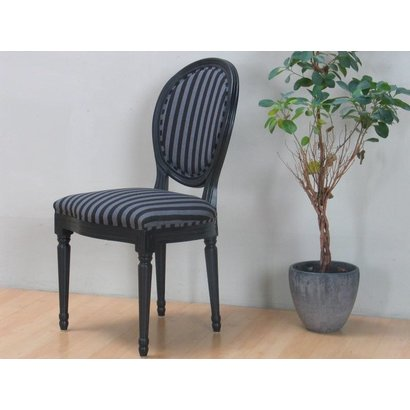 Hioshop Rokoko/Amaretta eetkamerstoel, in antiek zwart met zwart gestreepte stof.