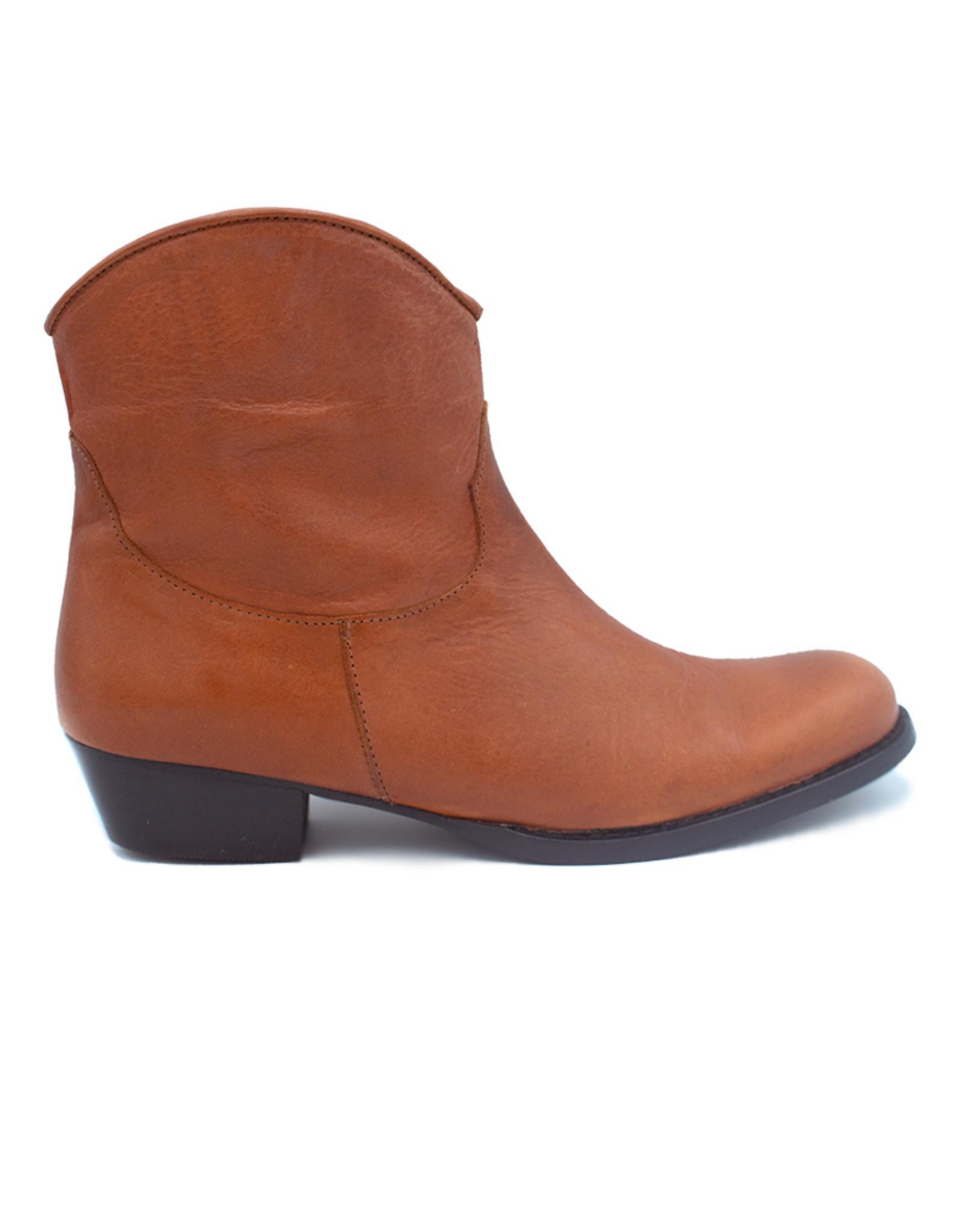 ELI ELI camel cowgirl boot