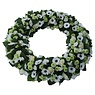 Ajourkrans witte en groene bloemen XL (60 cm)