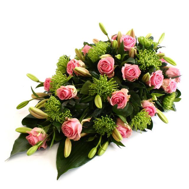 Rouwdruppel roze Rozen met roze Lelie en groene Anastasia Chrysant