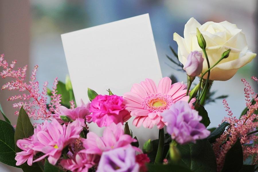 Passende teksten voor bij een condoleance boeket of troostboeket