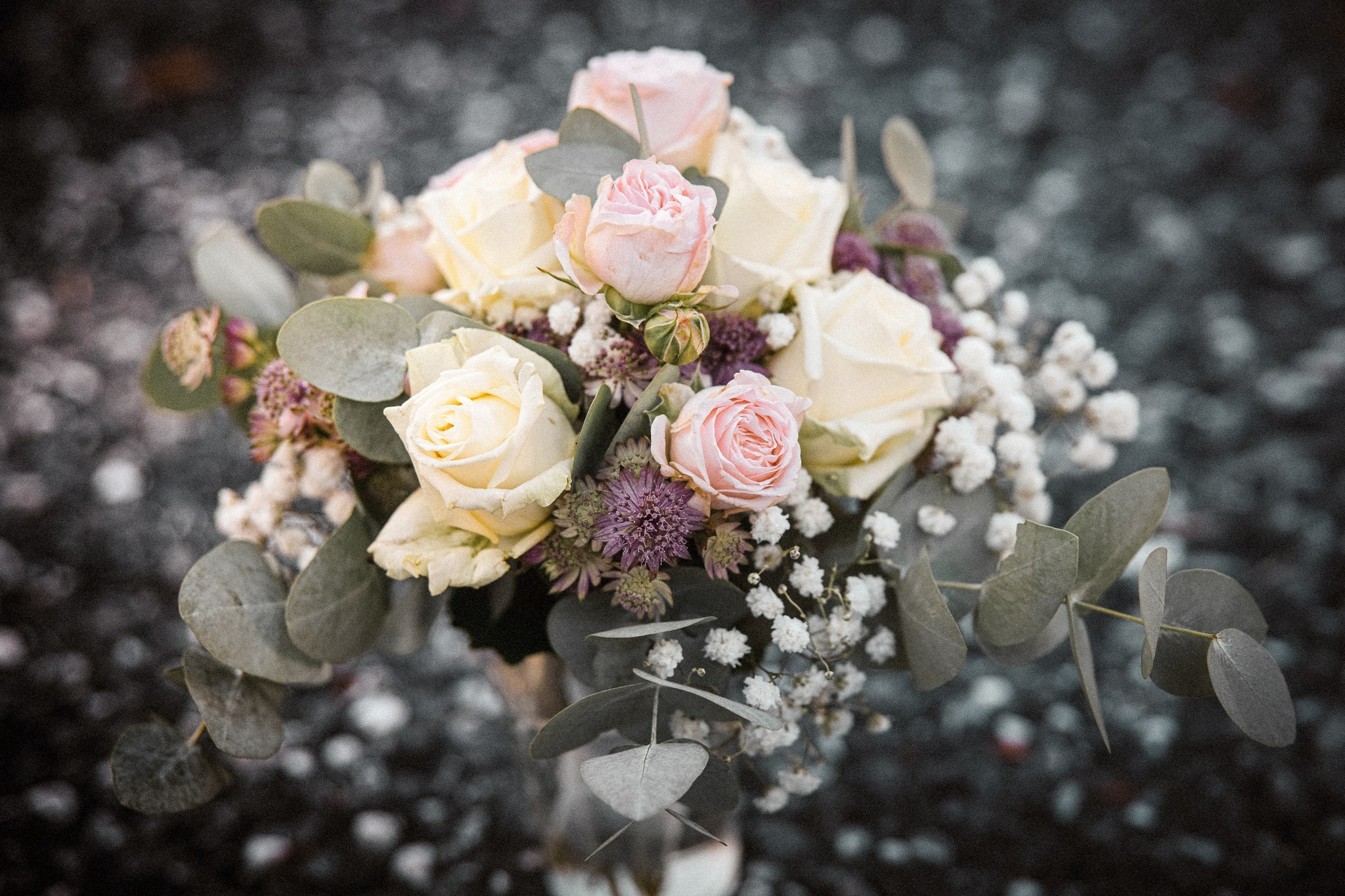 Rouwboeket samenstellen: bloemen met een betekenis