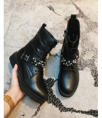 PEARLY STRAP BOOTS