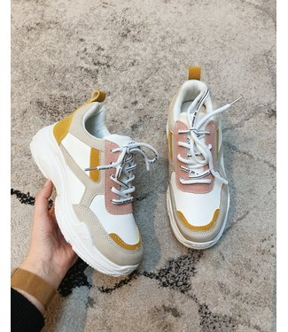 COLORFUL CHUNKY SNEAKERS