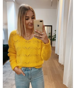 MOHAIR KNIT - YELLOW