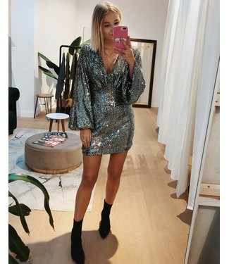 FITTED SPARKLY SEQUIN DRESS - SILVER