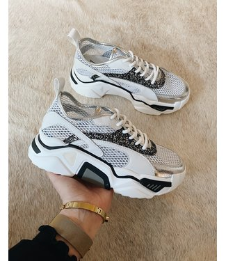AWESOME SEE TROUGH SNEAKERS