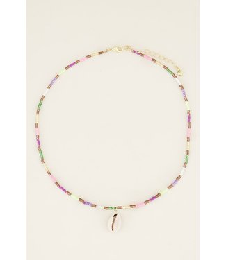 COLORFUL WHITE SHELL NECKLACE