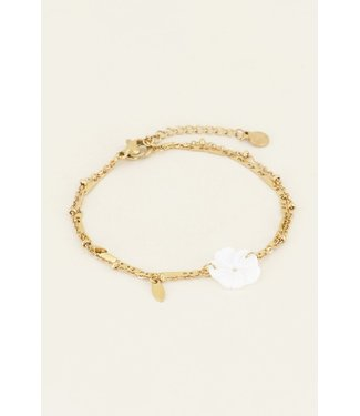 WHITE FLOWER BRACELET - GOLD