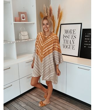 STRIPED TIE DYE DRESS - CAMEL