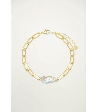 WHITE PEARL BRACELET - GOLD
