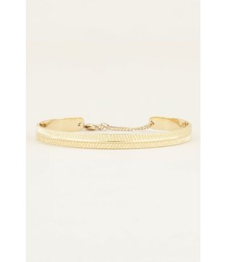 BANGLE WITH STRIPES - GOLD