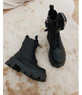 BADASS BLACK BOOTS