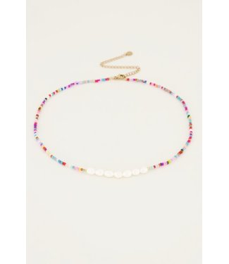 COLORFUL PEARLY NECKLACE