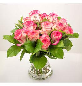 Magic Flowers Boeket 15 rozen - Fijne Moederdag