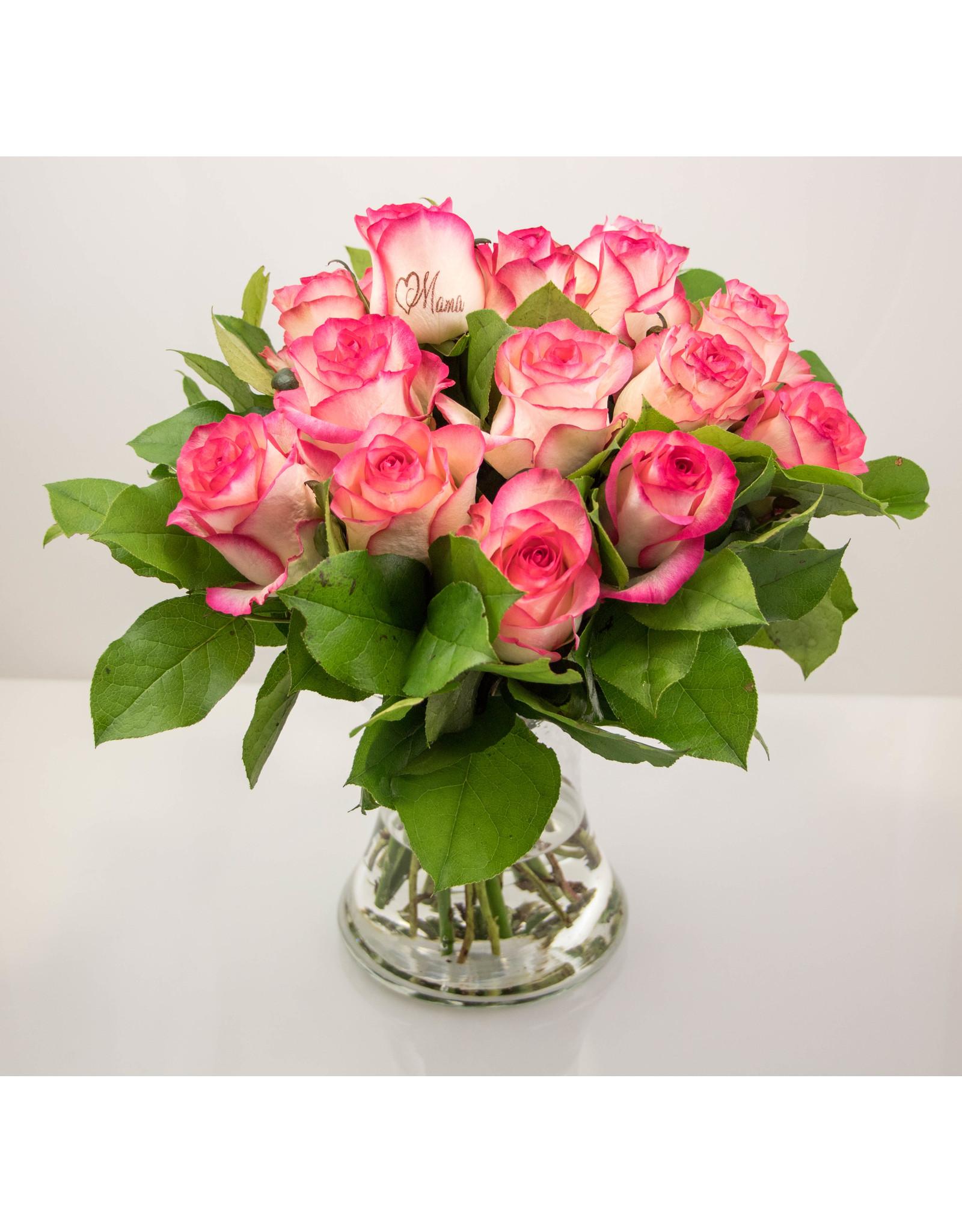 Magic Flowers Boeket 15 rozen - Mama hartje