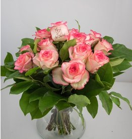Magic Flowers Boeket 15 rozen - Wit/Roze - Just Married