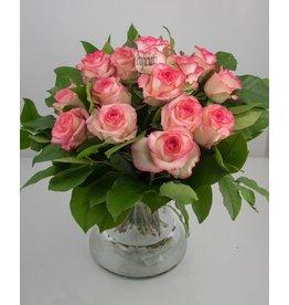 Magic Flowers Boeket 15 rozen - Wit/Roze - Proficiat