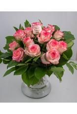 Magic Flowers Boeket 15 rozen - Wit/Roze - Welcome Beautiful Baby