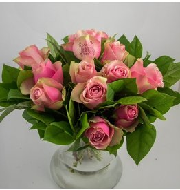 Magic Flowers Boeket 15 rozen - Roze - Mr&Mrs