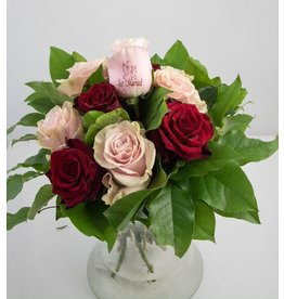 Magic Flowers Boeket 9 rozen - Rood/Roze - Just Married