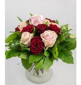 Magic Flowers Boeket 15 rozen - Rood/Roze - Happy Birthday
