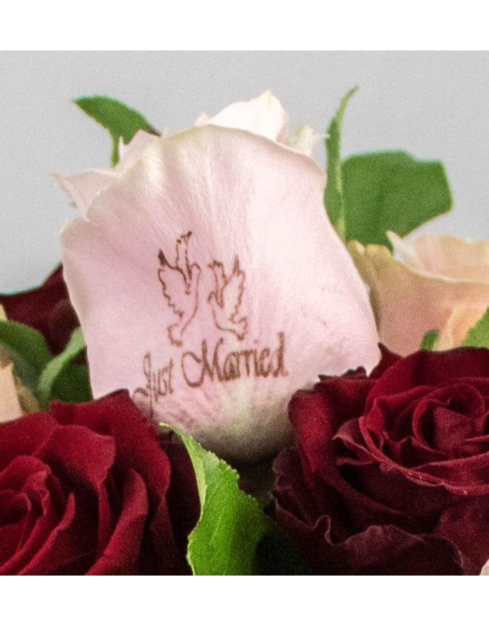 Magic Flowers Boeket 15 rozen - Rood/Roze - Just Married