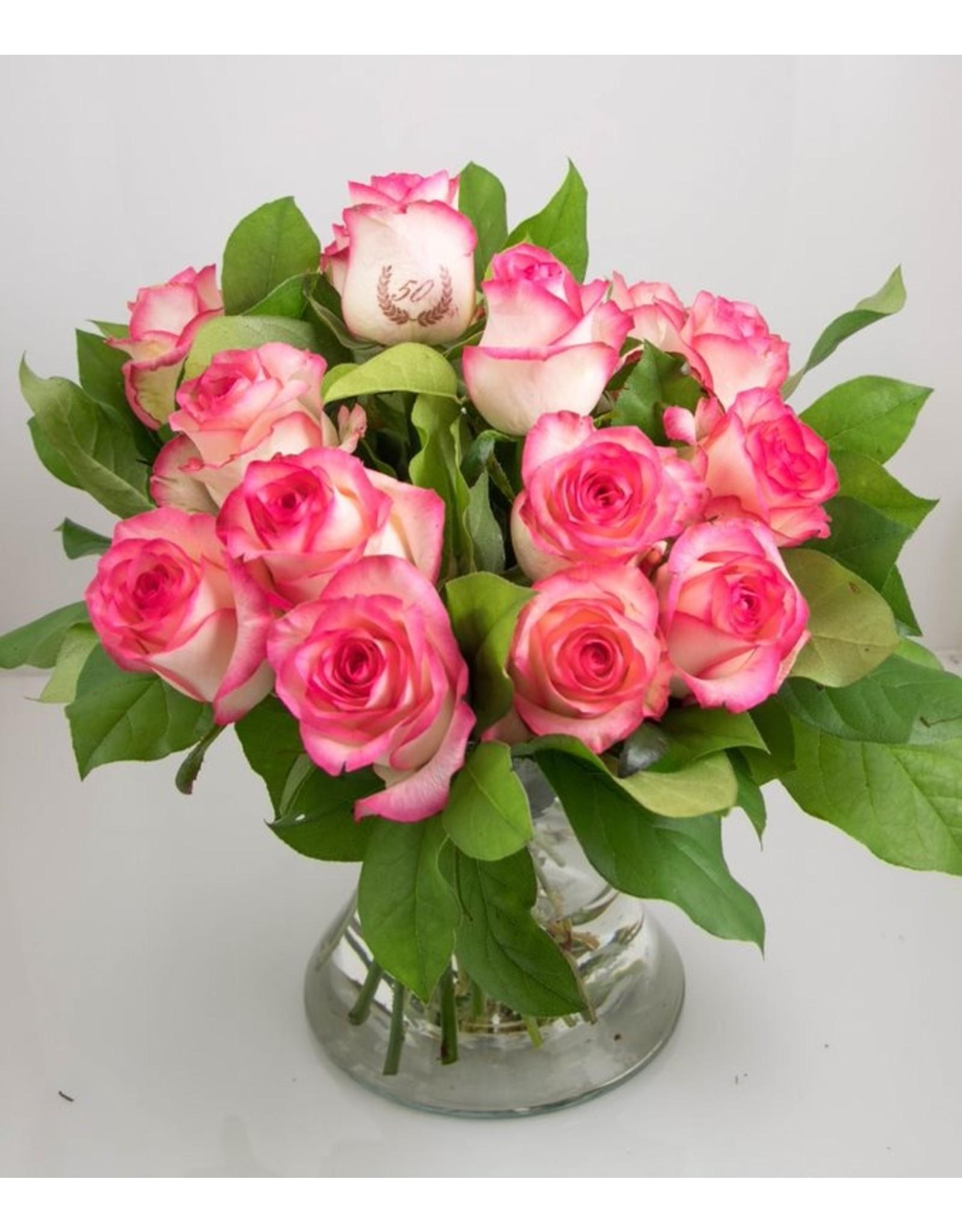 Magic Flowers Boeket 15 rozen - Wit/Roze - 50