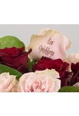 Magic Flowers Boeket 9 rozen - Rood/Roze - Een opkikkertje