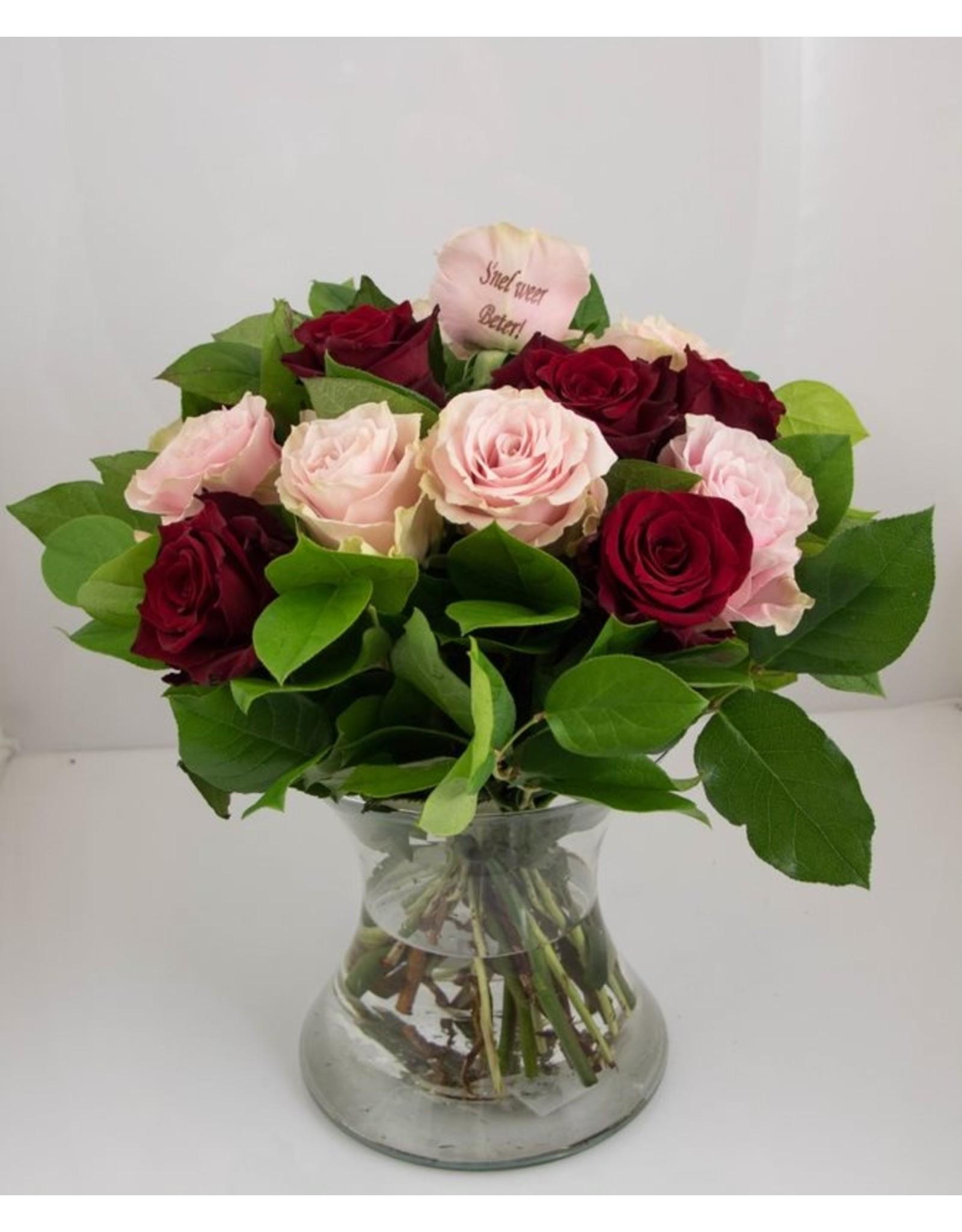 Magic Flowers Boeket 15 rozen - Rood/Roze - Snel weer beter