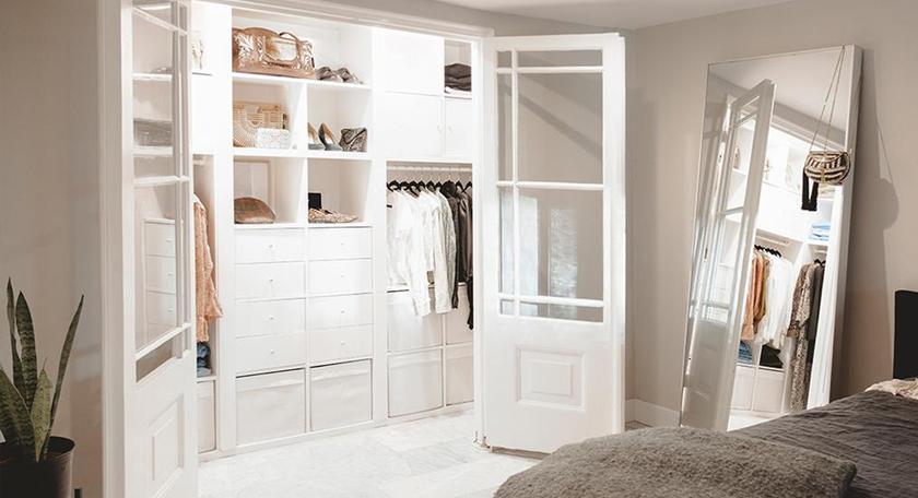 DIY: Walk in closet on a budget!