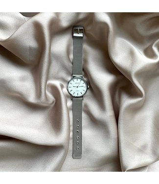 SELECTED BY DIORDIE Oh my watch zilver