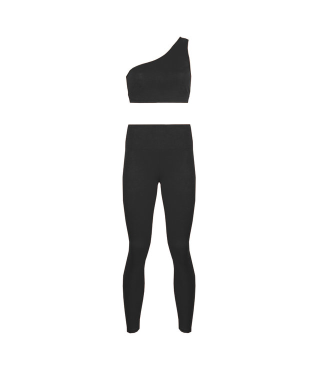 SELECTED BY DIORDIE Sporty Two Piece Black