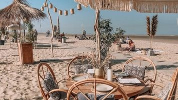 Our favorite beachclubs!