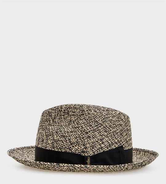 Medium-brimmed Panama Hat