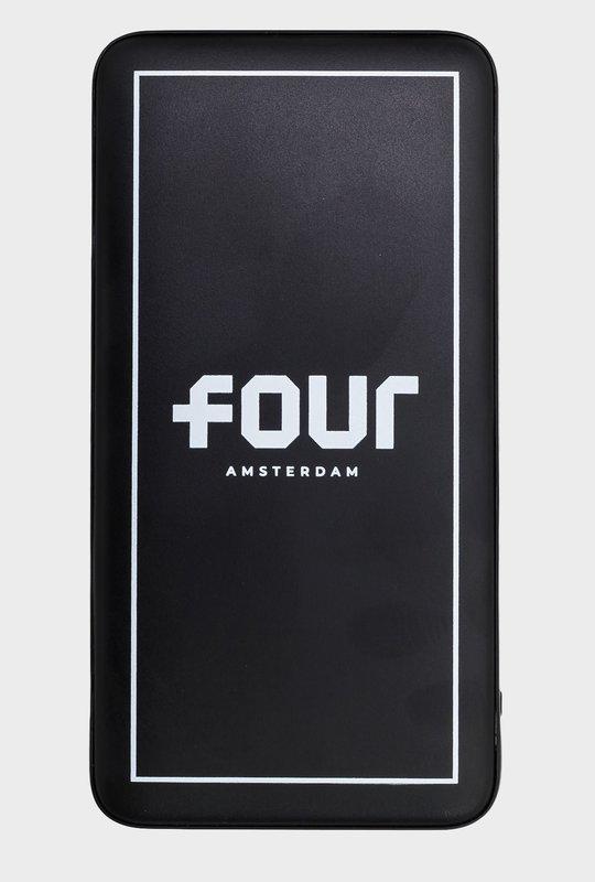 FOUR Powerbank