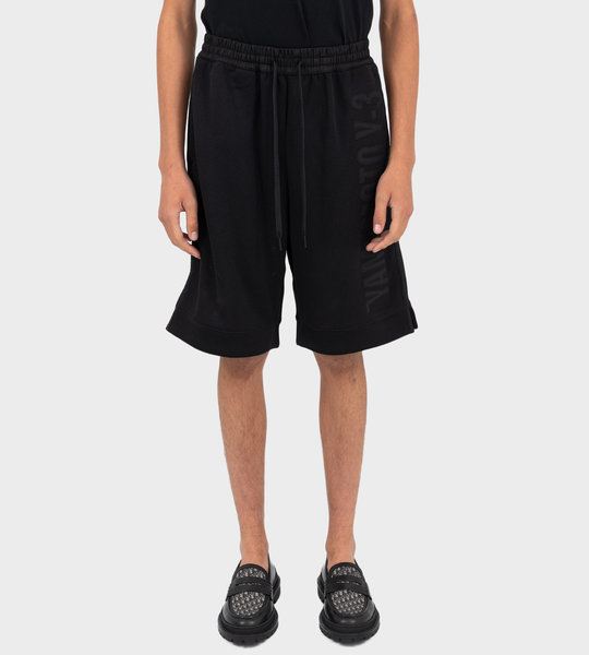 CH2 Graphic Short Black