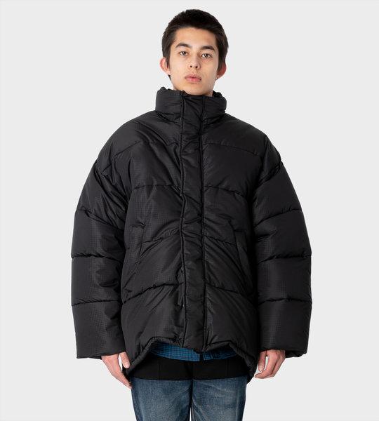 New C-Shape Puffer Jacket Black