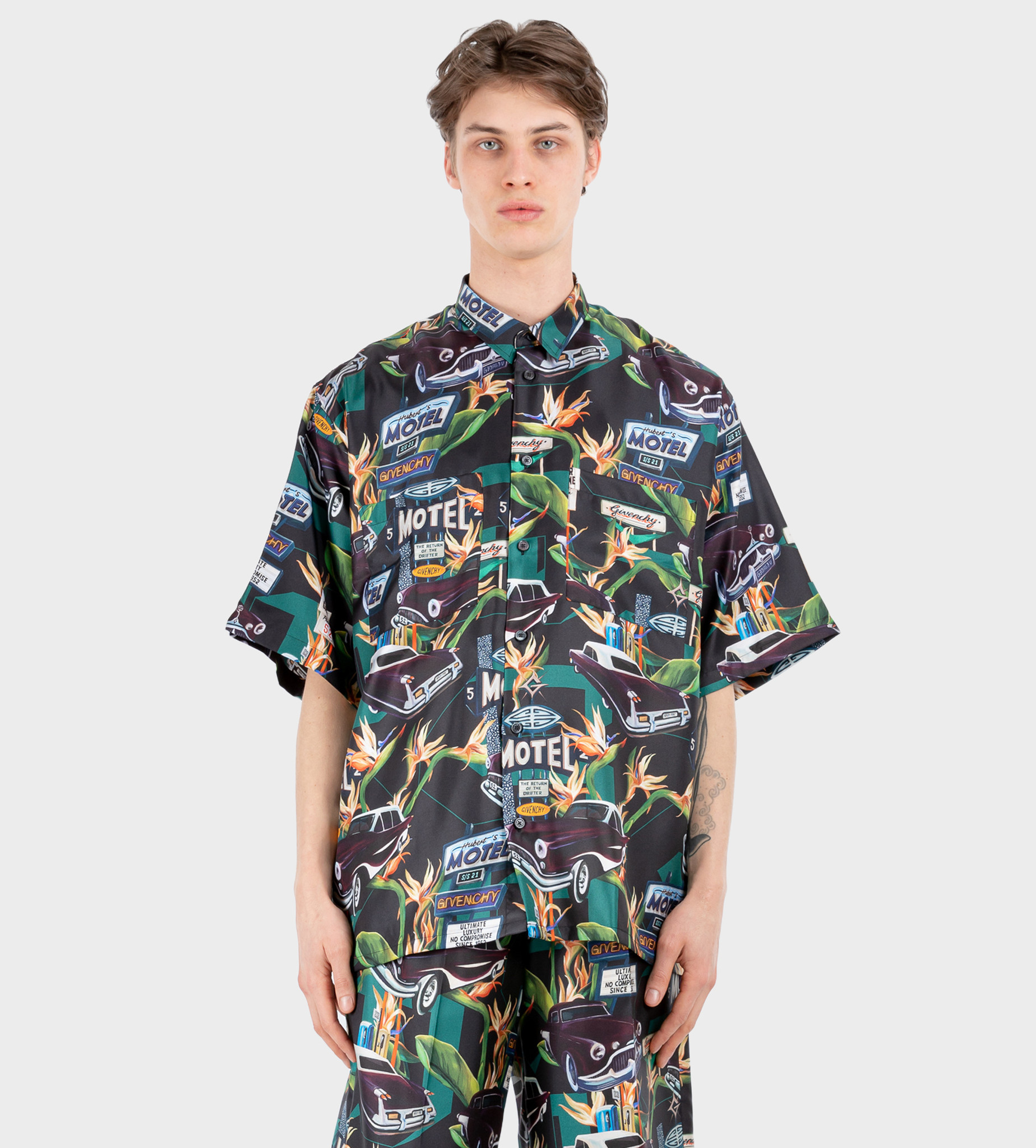 GIVENCHY Motel Shirt in Silk Black