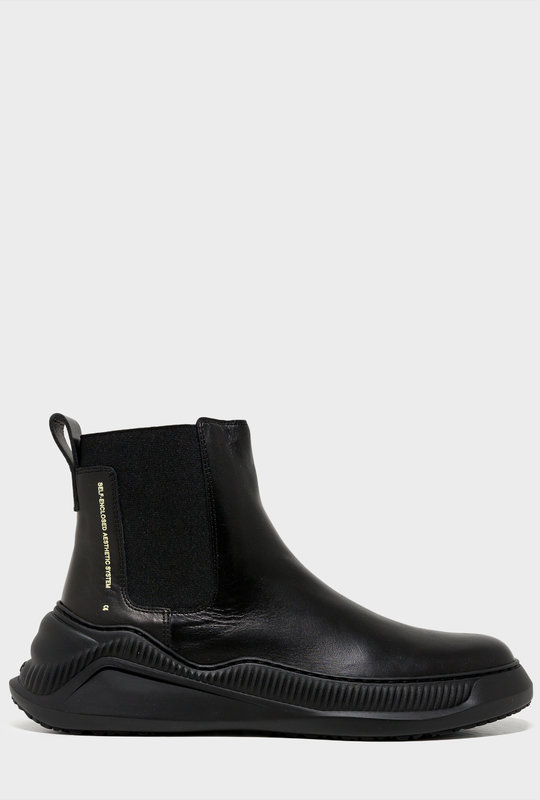 Free Solo Chelsea Boots Black