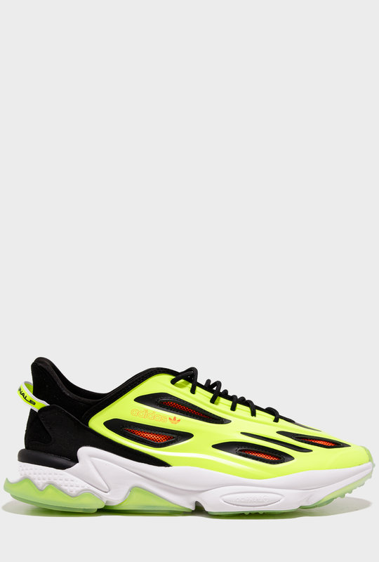 Ozweego Celox Sneakers Black / Yellow / Red