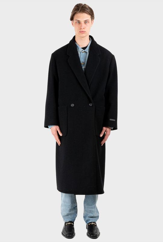 The Overcoat Black