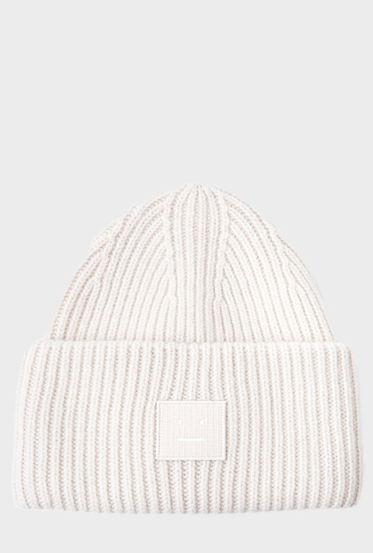 Face Patch Knitted Beanie Cream