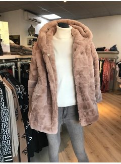 Destination Teddy Coat Taupe