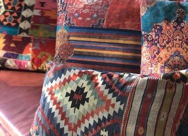 Vintage & ethnische Möbelstoffe