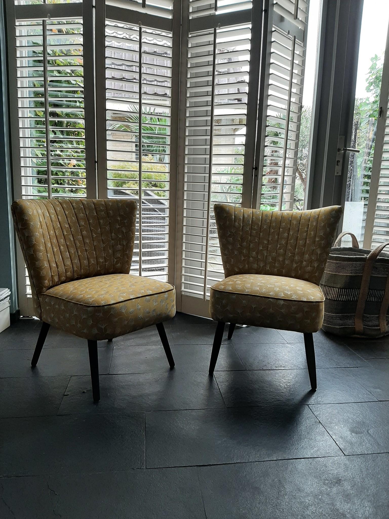 Heb jij al eens zelf een stoel of kruk gestoffeerd?