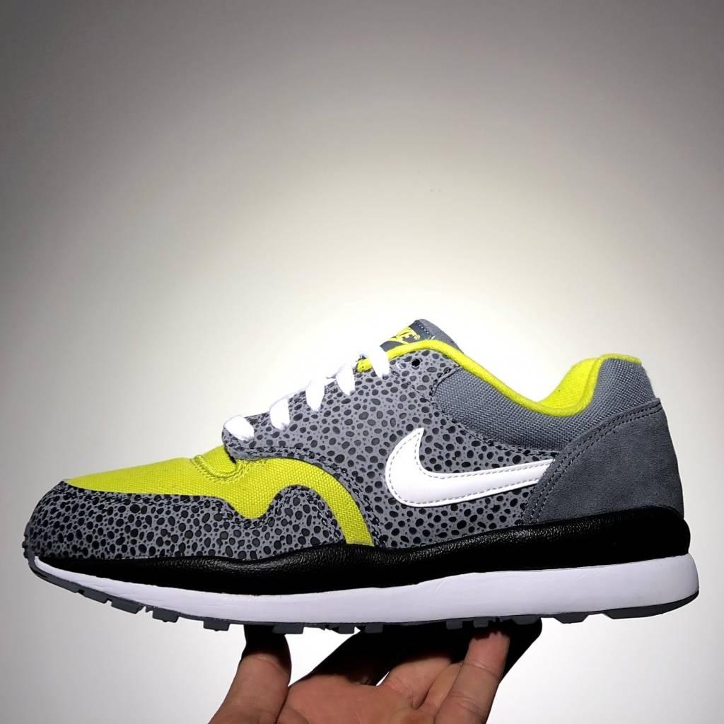 Nike Nike Air Safari SE