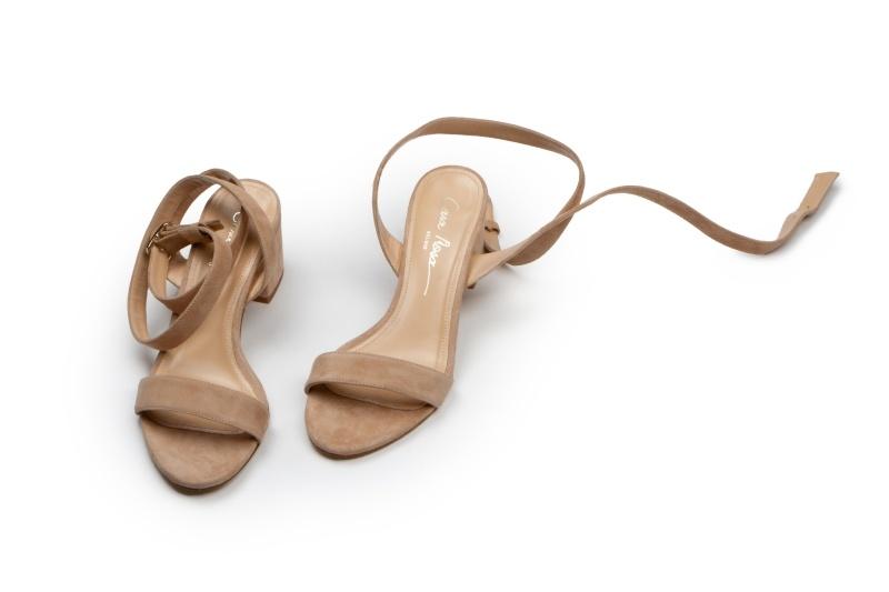 Palermo sandalen met blokhak in nude suède