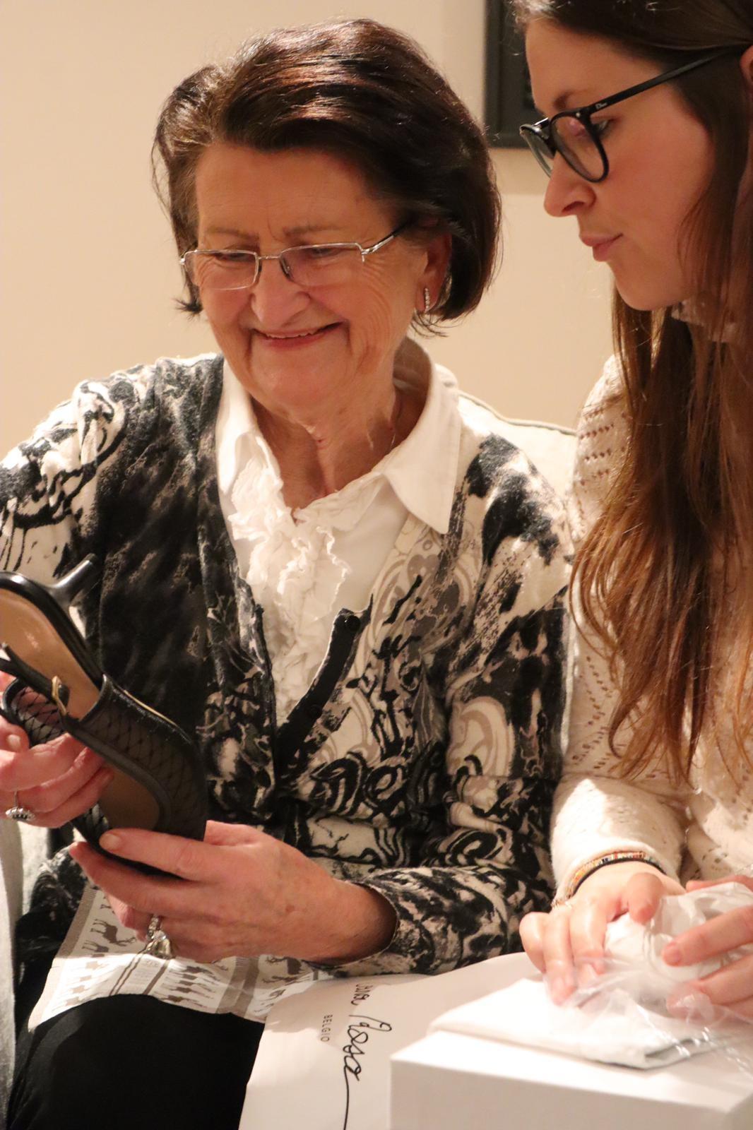 Oma Rosa en oprichtster Olivia