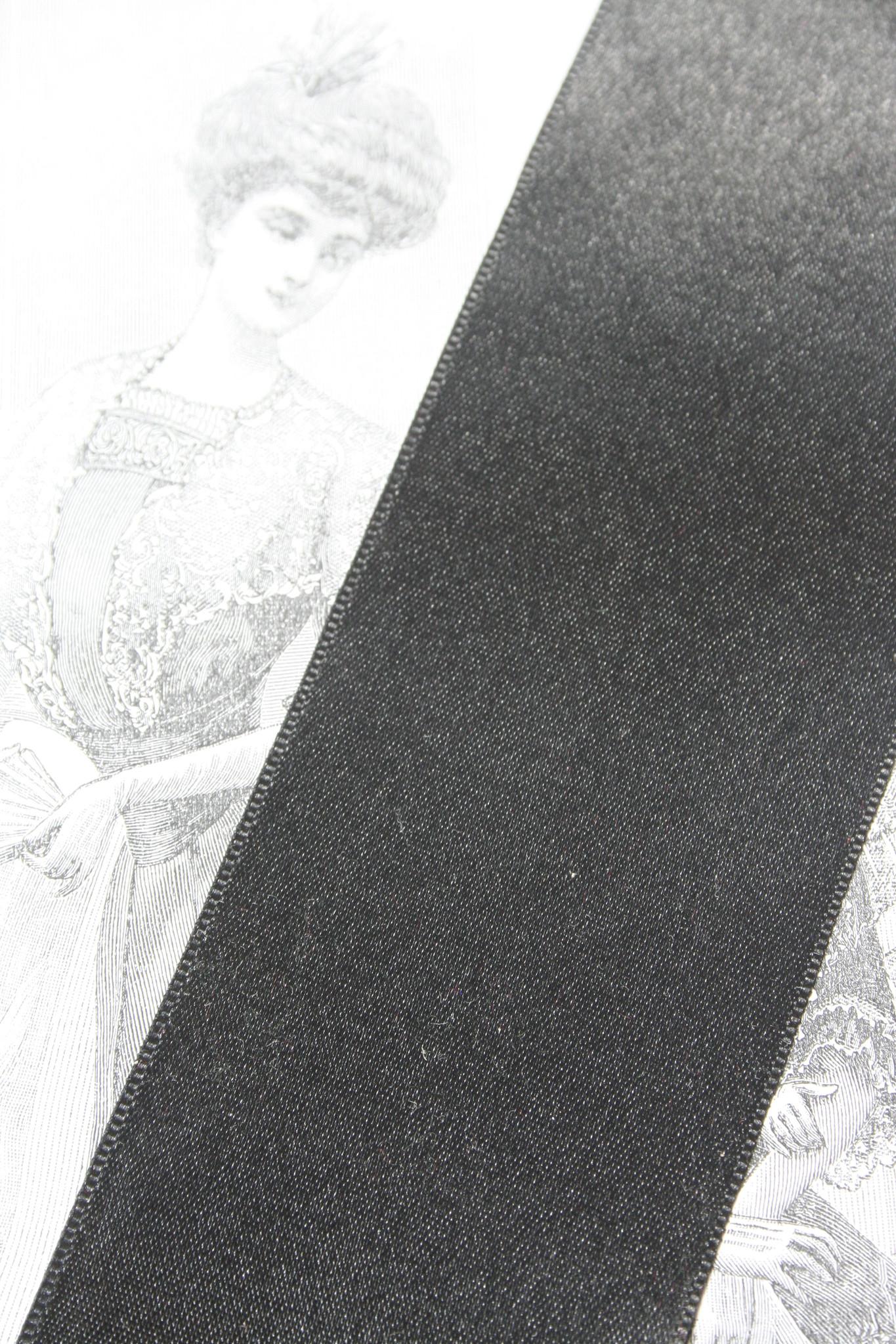 Zwart satijn lint versch. breedtes